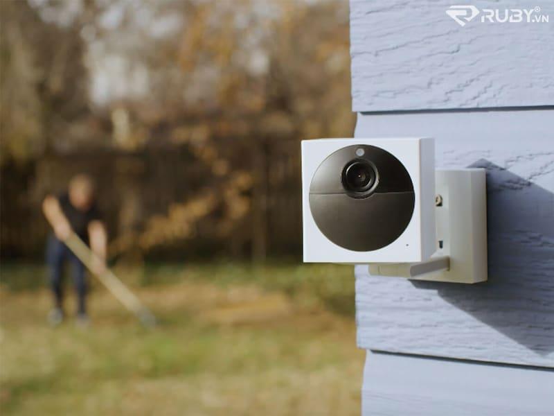 Camera chống chịu thời tiết Wyze Outdoor Starter Bundle