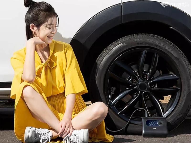 Mẫu và máy bơm lốp xe tự động