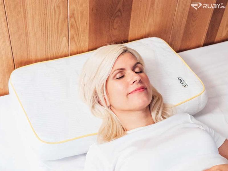 Gối giúp chống ngáy khi ngủ