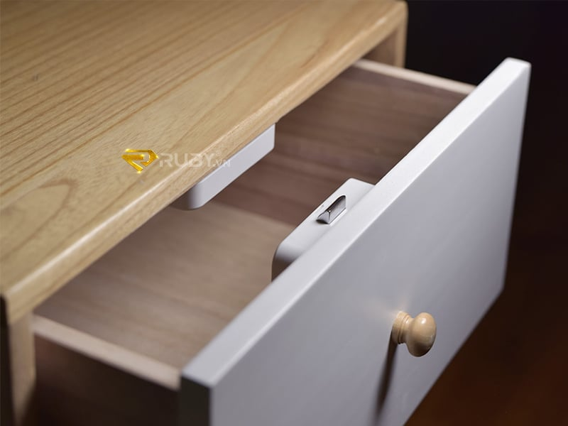 Cách lắp đặt khóa tủ thông minh Xiaomi