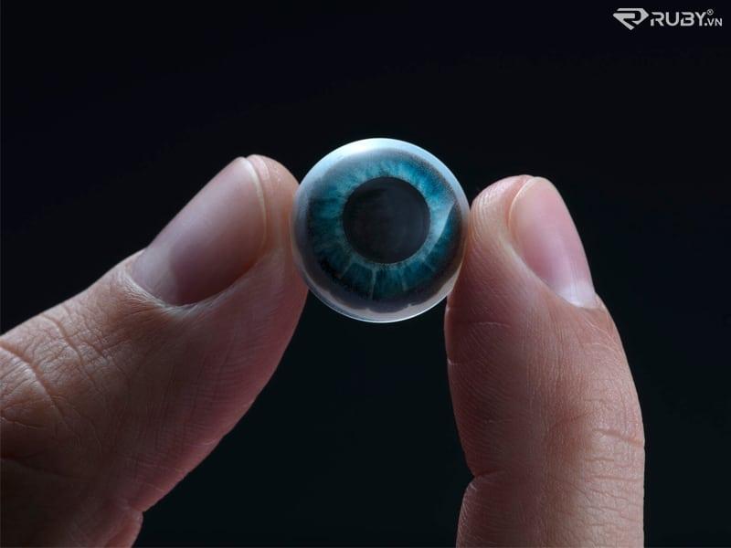 Kính áp tròng công nghệ AR mới