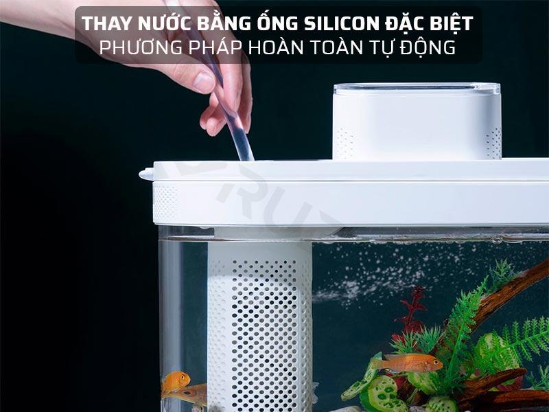 Thay nước bằng ống silicon đặc biệt