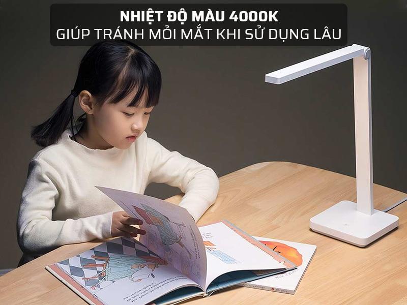 Đèn học cho bé có nhiệt độ màu 4000K giúp tránh mỏi mắt