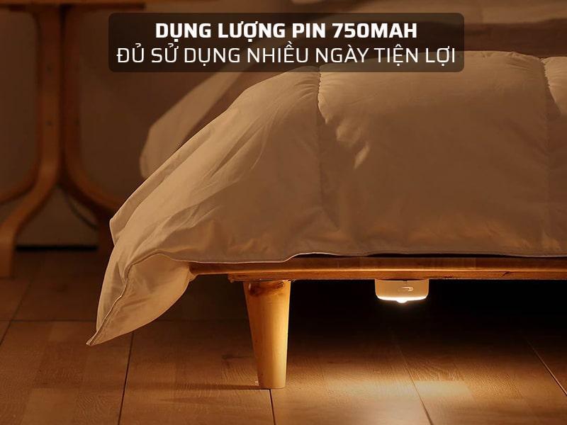 Dung lượng pin đèn LED cảm biến chuyển động là 750mAh