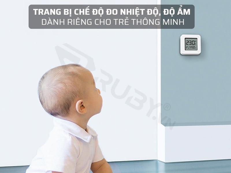 Trang bị chế độ đo độ ẩm, nhiệt độ cho trẻ em