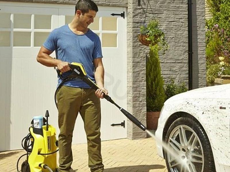 súng rửa xe hiện đại