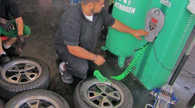 Bơm khí nito cho lốp xe có tác dụng gì