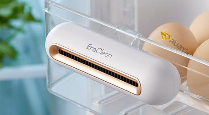 Dùng thiết bị khử mùi hôi tủ lạnh
