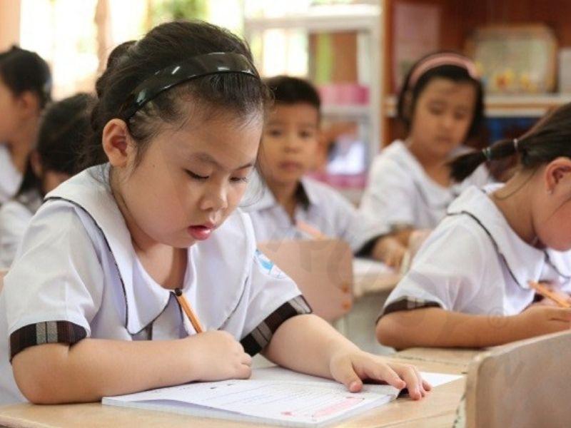 Đối với trẻ bắt đầu vào tiểu học cho đến trung học